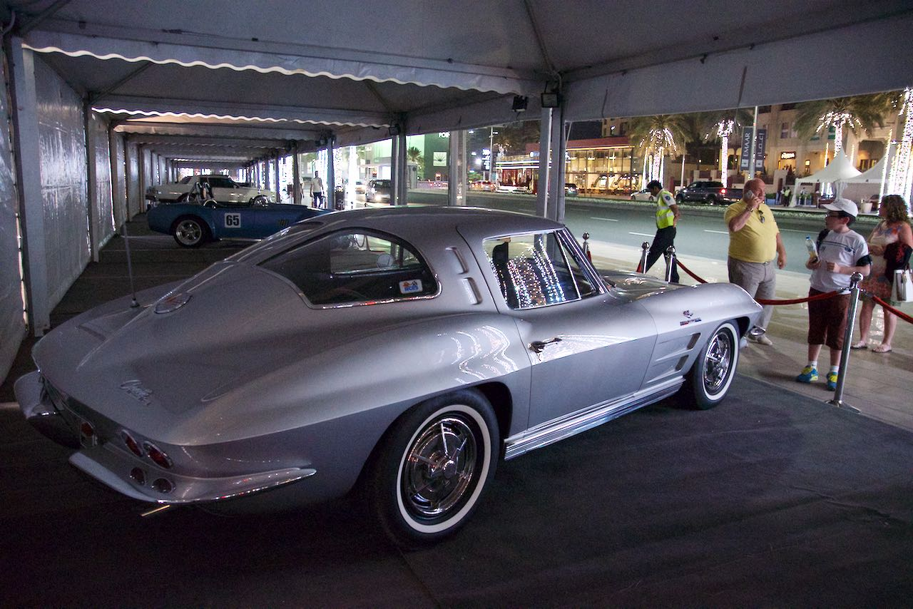 Dubai Classic Cars: Chevrolet Corvette Stingray