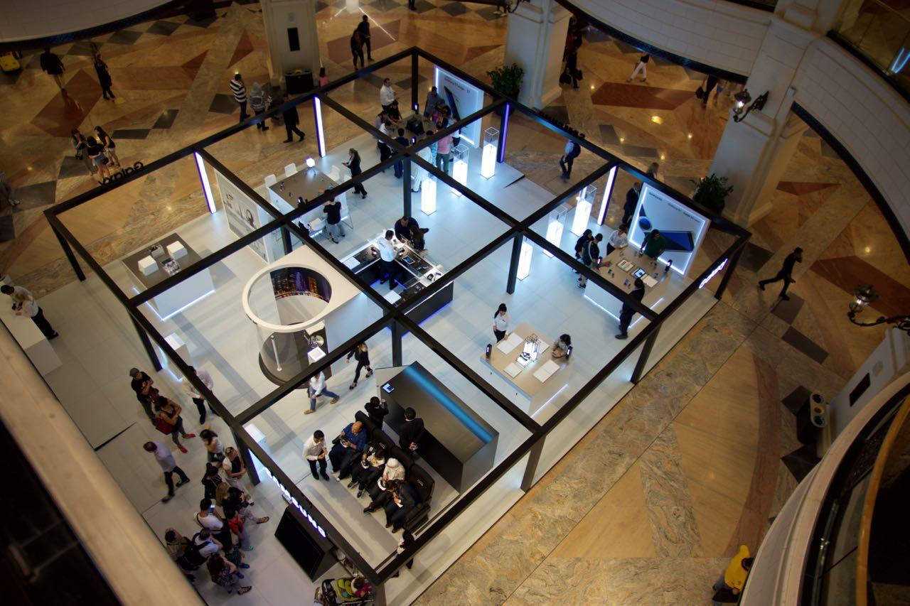 Dubai Apple Store